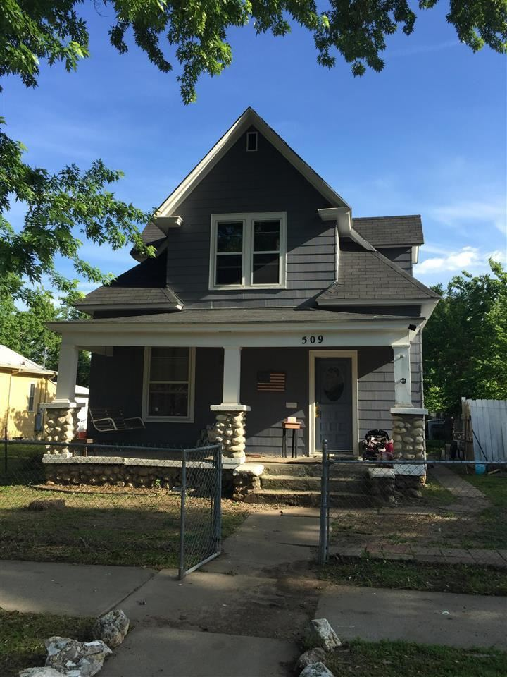 Photo of 509 W 8th, Junction City, KS 66441 (MLS # 20213023)