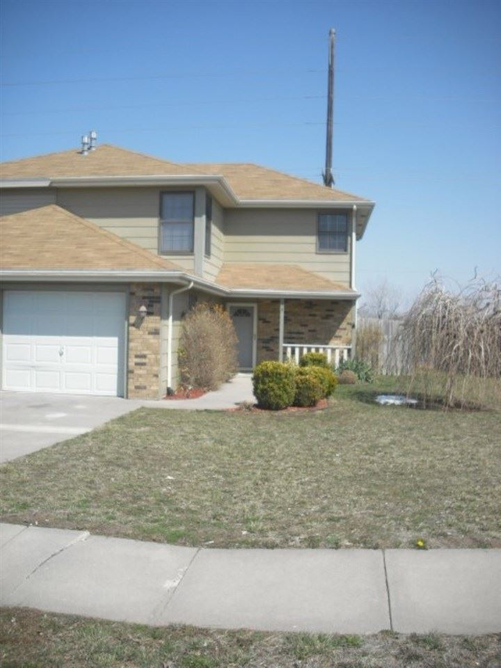Photo of 113 Commanche Court, Junction City, KS 66441 (MLS # 20211261)