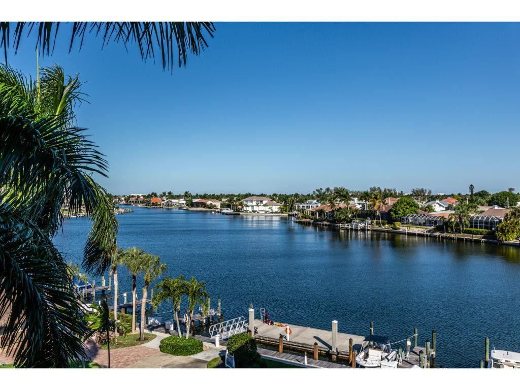 693 SEAVIEW Court, Marco Island, FL 34145 - MLS#: 2202710