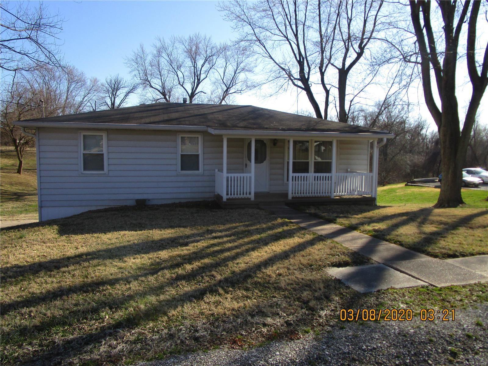 226 East Woodcrest Drive, Collinsville, IL 62234 - MLS#: 20015013