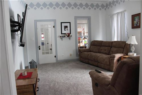 Tiny photo for 310 West Kaskaskia Street, Pinckneyville, IL 62274 (MLS # 21010014)