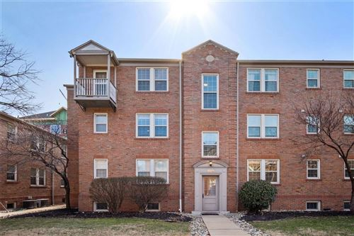 Photo of 829 Westwood Drive #3E, St Louis, MO 63105 (MLS # 21004056)