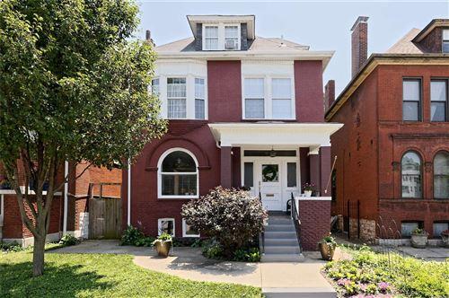 Photo of 3530 Shenandoah Avenue, St Louis, MO 63104 (MLS # 21047061)