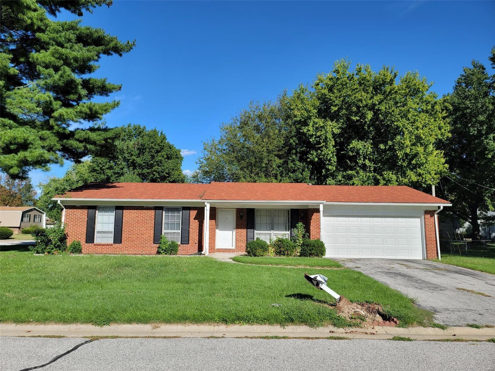 420 Anita Drive, Fairview Heights, IL 62208 - MLS#: 21066073