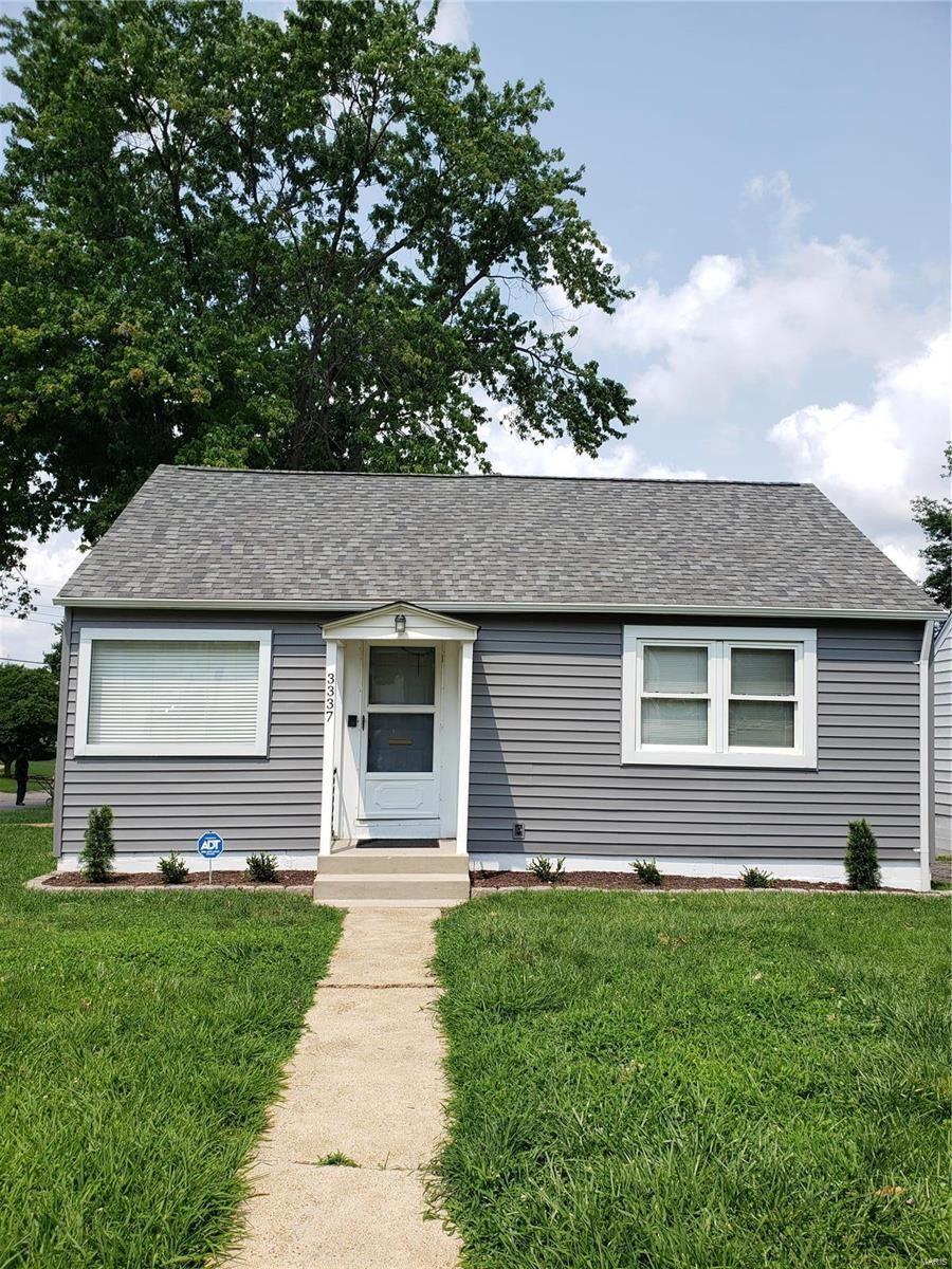 Photo for 3337 Macklind Avenue, St Louis, MO 63139 (MLS # 21052076)