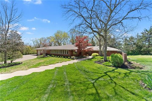 Photo of 44 South Spoede Road, St Louis, MO 63141 (MLS # 21020086)