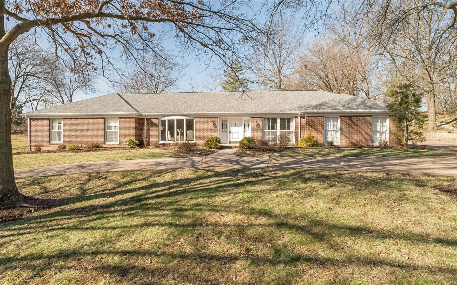 2 Woods Hill Drive, Chesterfield, MO 63017 - MLS#: 20012086