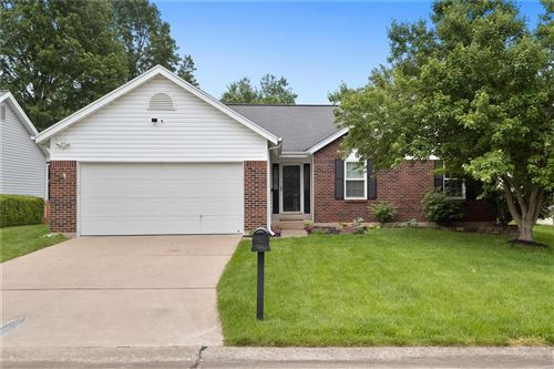 Photo of 104 Eric Craig Court, St Peters, MO 63376 (MLS # 21032088)