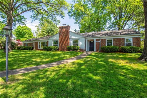 Photo of 9063 Monmouth Drive, St Louis, MO 63117 (MLS # 21026090)