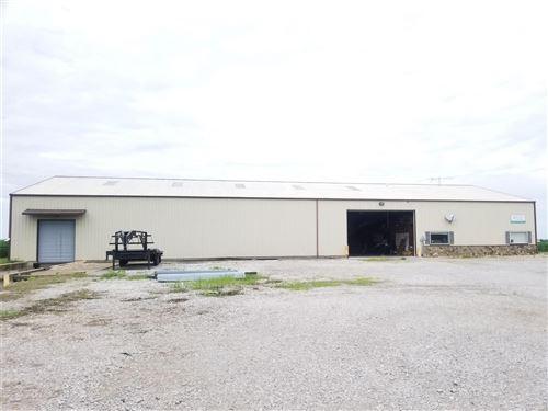 Tiny photo for 5517 Van Buren Road, Nashville, IL 62263 (MLS # 21044106)
