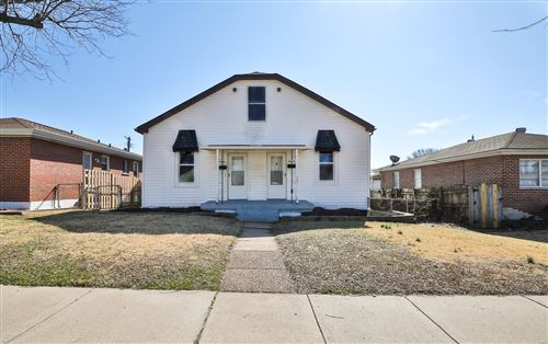 Photo of 6114 Morganford Road, St Louis, MO 63116 (MLS # 20009108)