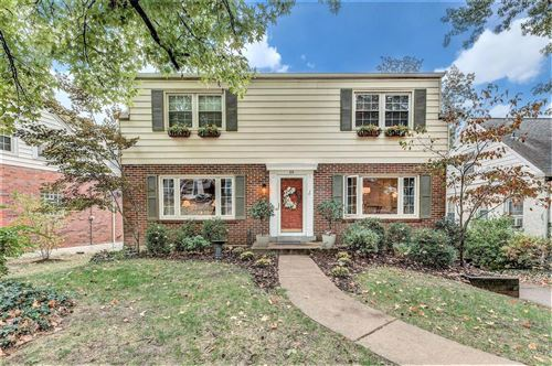 Photo of 64 Chafford Woods Drive, Richmond Heights, MO 63144 (MLS # 21022110)
