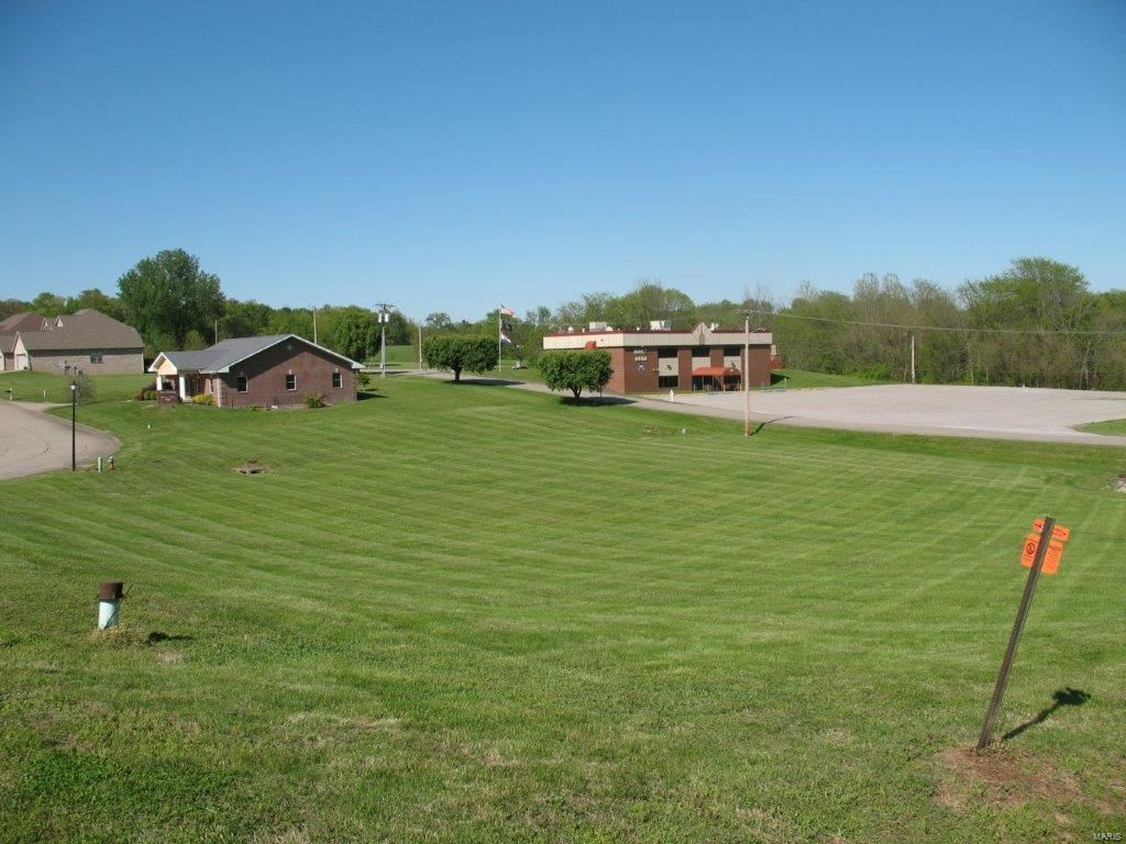 Photo of 1337 Indian Parkway, Jackson, MO 63755 (MLS # 21042127)