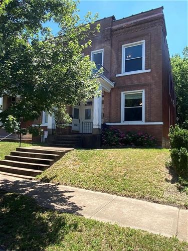 Photo of 3944 Cleveland Avenue, St Louis, MO 63110 (MLS # 21041136)