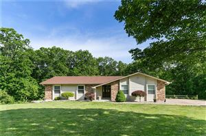 Photo of 67 Wilderness, Defiance, MO 63341 (MLS # 19038140)