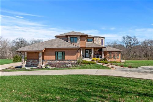 Photo of 225 Dardenne Farms Drive, St Charles, MO 63304 (MLS # 20019154)