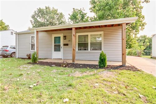 Photo of 24 Florval, Florissant, MO 63031 (MLS # 21066158)