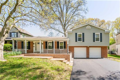 Photo of 46 Morwood Lane, Creve Coeur, MO 63141 (MLS # 21024159)
