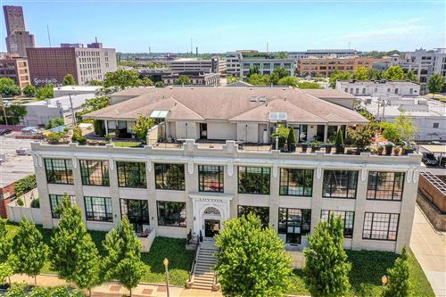 Photo of 4200 Laclede Avenue #201, St Louis, MO 63108 (MLS # 20039166)