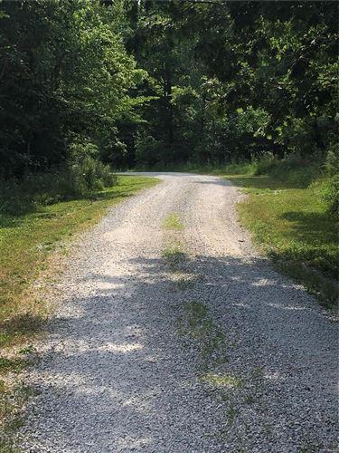 Photo of 0 10.5 acres Mallard Lake Dr., Foley, MO 63347 (MLS # 21035171)