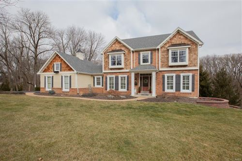 Photo of 16025 Wilson Manor Drive, Chesterfield, MO 63005 (MLS # 21001178)