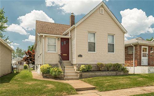 Photo of 4136 Concordia Avenue, St Louis, MO 63116 (MLS # 21040180)