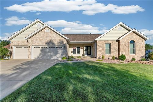 Photo of 532 Greenbriar Downs, St Peters, MO 63376 (MLS # 21066183)