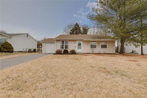 Photo of 12230 Fleetwood Place, Maryland Heights, MO 63043 (MLS # 20011187)