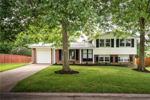 Photo of 826 Judson Manor Drive, St Louis, MO 63141 (MLS # 20054197)
