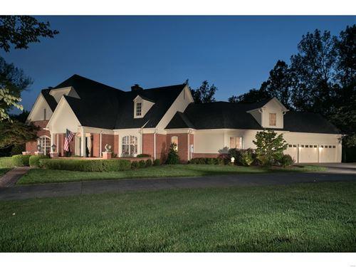 Photo of 1300 Litzsinger Woods Lane, St Louis, MO 63124 (MLS # 20067208)