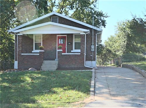 Photo of 5828 Heege, St Louis, MO 63123 (MLS # 20085208)