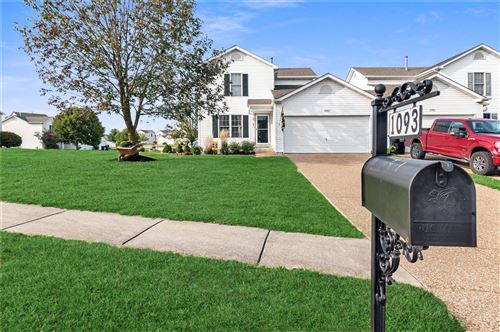 Photo of 1093 Chesterfield Drive, Wentzville, MO 63385 (MLS # 20068212)