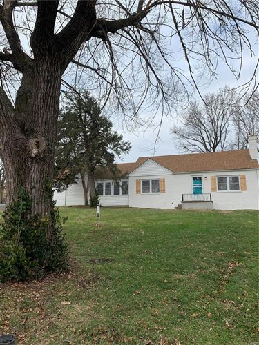 Photo of 9505 Berwick Drive, Affton, MO 63123 (MLS # 20085213)