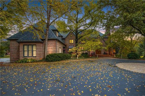 Photo of 69 Colonial Hills Drive, Creve Coeur, MO 63141 (MLS # 20059215)