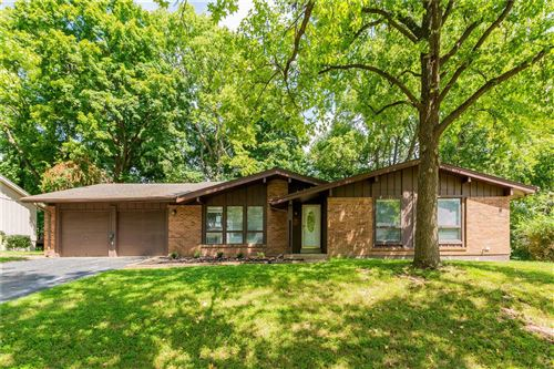 Photo of 14555 Coeur Dalene Court, Chesterfield, MO 63017 (MLS # 21064221)