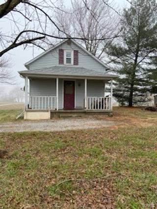 Photo of 4511 County Highway 17, Nashville, IL 62263 (MLS # 20016241)
