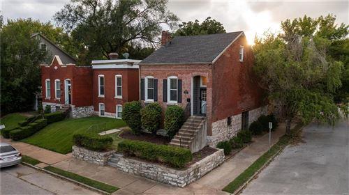Photo of 1901 Oregon Avenue, St Louis, MO 63104 (MLS # 21074262)