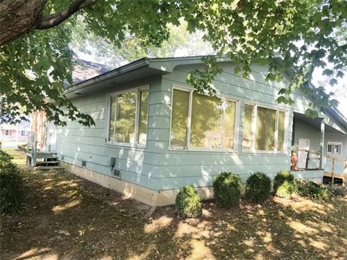 Tiny photo for 1030 West St Louis Street, Nashville, IL 62263 (MLS # 20073263)