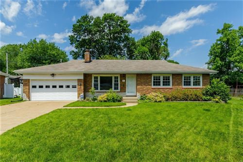 Photo of 3 Meadow Court, Florissant, MO 63031 (MLS # 20038278)