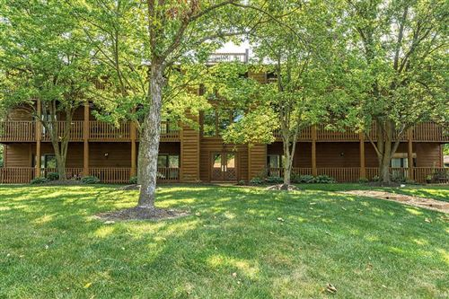 Photo of 15023 Baxter Village #D, Chesterfield, MO 63017 (MLS # 20066280)
