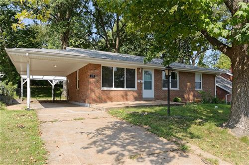 Photo of 1675 Clover, Florissant, MO 63031 (MLS # 21066281)