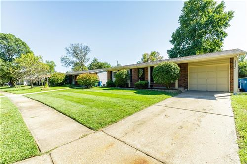 Photo of 12480 Glencliff Drive, Maryland Heights, MO 63043 (MLS # 21066283)