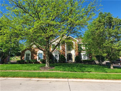 Photo of 1343 Conway Oaks, Chesterfield, MO 63017 (MLS # 21026284)