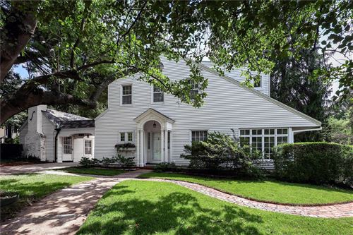 Photo of 474 Woodlawn Avenue, Webster Groves, MO 63119 (MLS # 21032287)