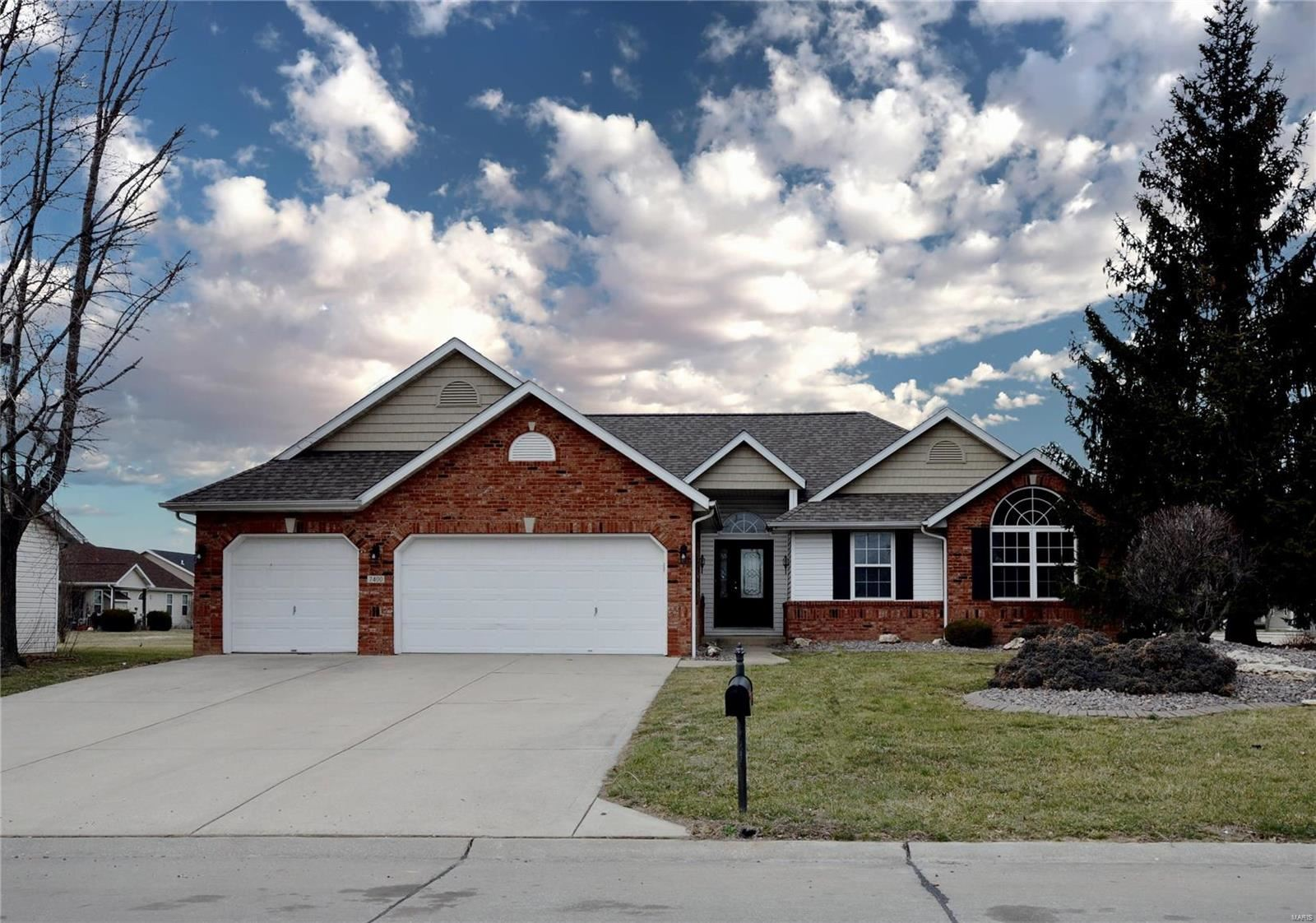 7400 Stonebridge Golf Drive, Maryville, IL 62062 - MLS#: 20011289