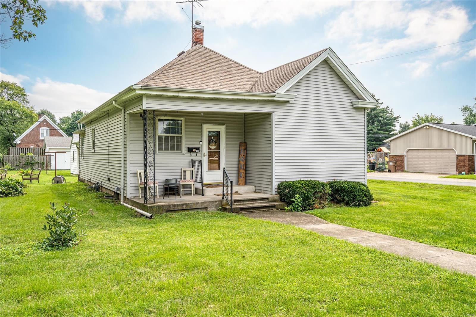 709 S Macoupin, Gillespie, IL 62033 - MLS#: 21057289