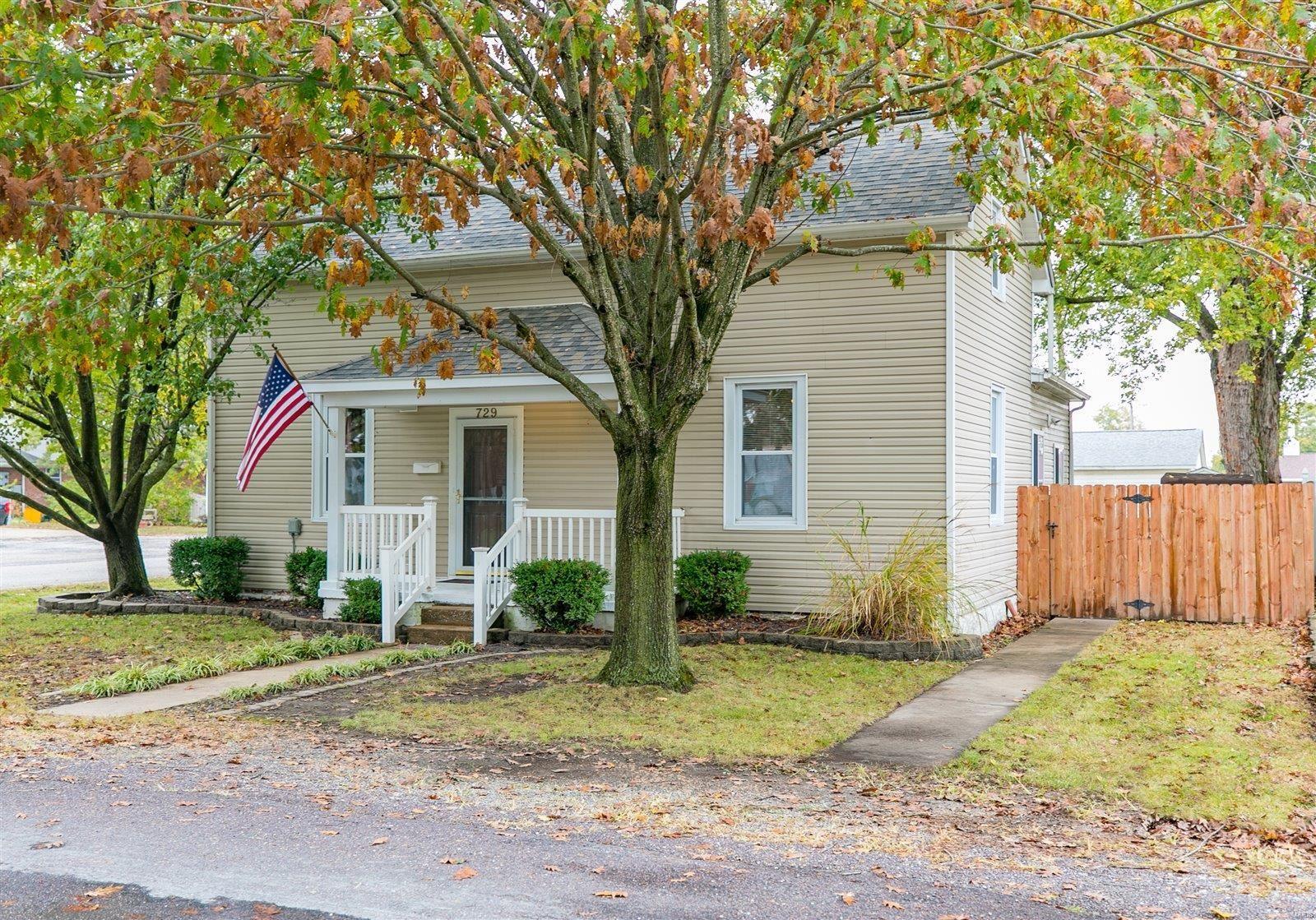 729 W Elm Street, Millstadt, IL 62260 - MLS#: 21064293