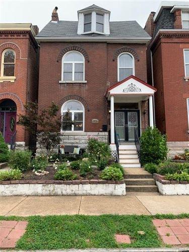 Photo of 2607 S Compton Avenue E, St Louis, MO 63118 (MLS # 21054302)