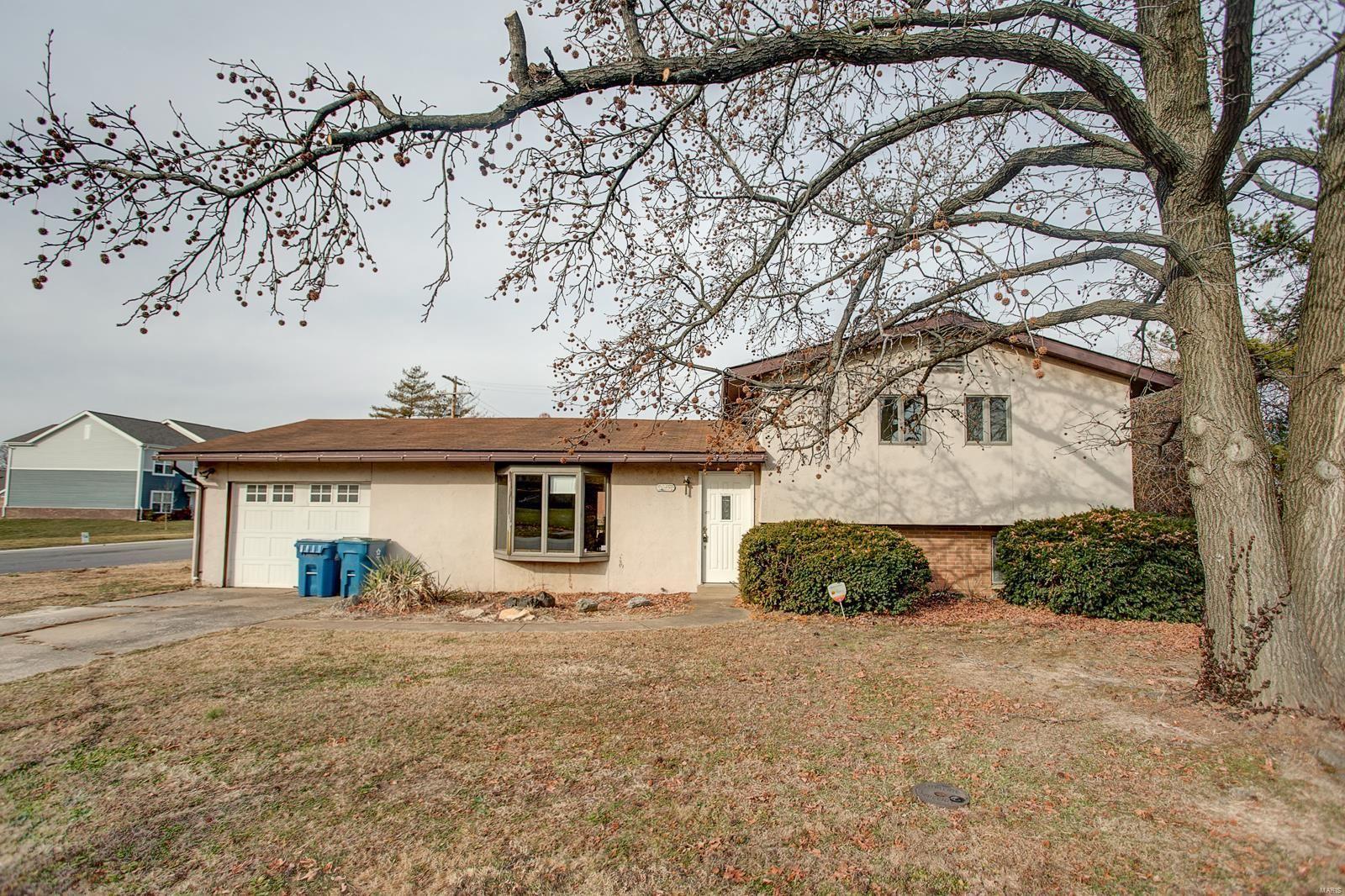 1715 Olive, Collinsville, IL 62234 - MLS#: 20031326