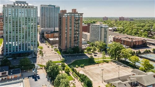 Photo of 200 S. Brentwood Blvd #16D, Clayton, MO 63105 (MLS # 21031331)